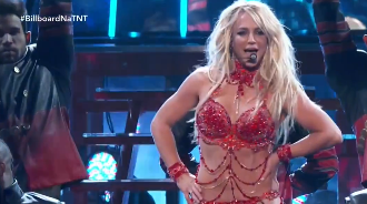 Britney Spears Medley Billboard Music Awards 2016