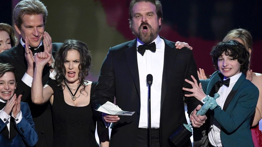 Winona Ryder Faces SAG Awards 2017 Stranger Things Acceptance Speech