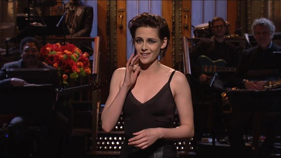 Kristen Stewart Saturday Night Live Opening Monologue: Attacks Donald Trump, Swears